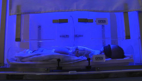 A baby in an incubator Stock Video Footage