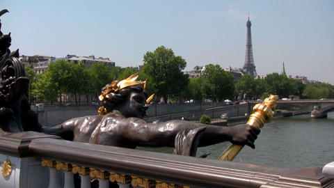 The beautiful Ponte Alexandre bridge over the Sein Stock Video Footage