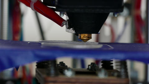 4K Ungraded: 3D Printing / Additive Manfacturing Footage