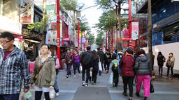 Shoppers at Ximen shopping district Taipei Taiwan ภาพวิดีโอ