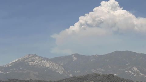 Time lapse of a huge smoke plume from wildfires in the... Stock Video Footage
