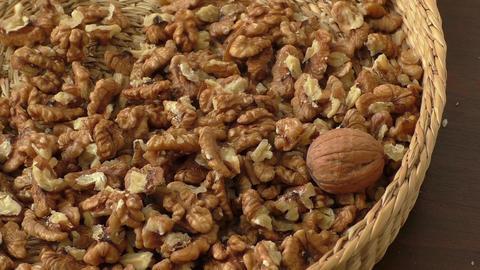 Walnut kernels in basket ライブ動画