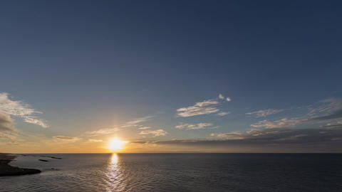 Sun set over the sea of japan ( Niigata Port ) Videos de Stock