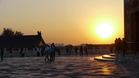Tourists & China's ancient architecture in... Stock Video Footage