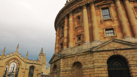Closeup panning shot of famous university and college buildings in Oxford, Engla Footage