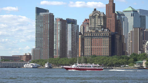 New York Ferry And Buildings Live Action