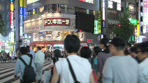 Shinjuku crossroad evening 04 Stock Video Footage