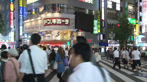 Shinjuku crossroad evening 04 Footage