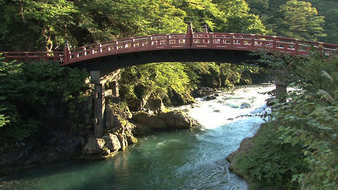 Nikko bridge tilt Stock Video Footage
