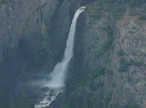 Yosemite Falls 4 Loop Footage