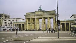 Pedestrians in front of Brandenburg Gate in Berlin Stock Video Footage