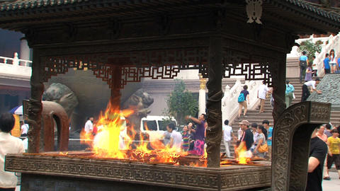 Offers at Jing'an Temple Stock Video Footage