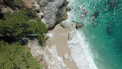 World famous waterfall landmark, scenic Big Sur, vertical mobile content 9:16 Live Action
