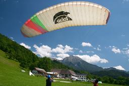 woman learning paragliding Photo