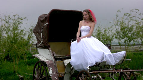 Bride and coach Stock Video Footage