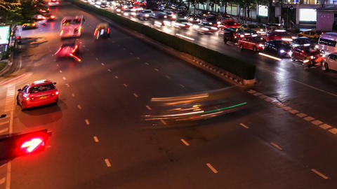TRAFFIC AT NIGHT IN THE CITY - TIME LAPSE Stock Video Footage