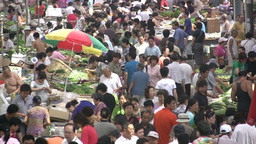 Fruit and vegetable market in Chinese city Stock Video Footage