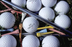 Golfballs and accessories Photo