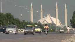 Shah Faisal mosque in Islamabad, Pakistan Stock Video Footage