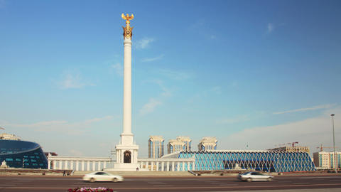 Golden Eagle Monument 4k Zoom Animation