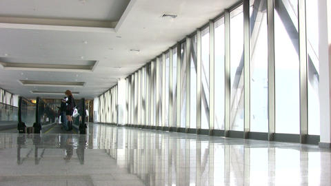 businessman in corridor Stock Video Footage
