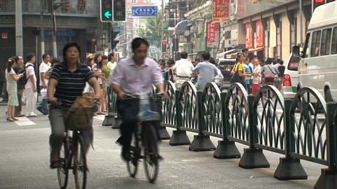 Busy traffic downtown Shanghai Footage