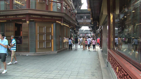 People in a street at the Yuyuan garden Stock Video Footage