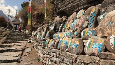 Buddhist Prayer Stones ビデオ