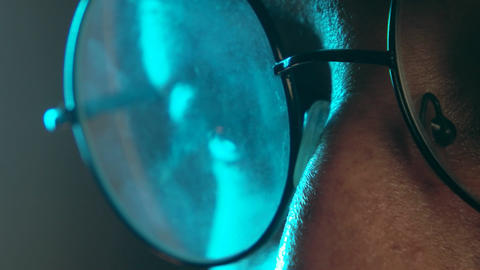 Spectacles Footage