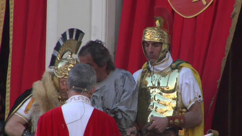 pilate tribunal barabbas 01 Stock Video Footage