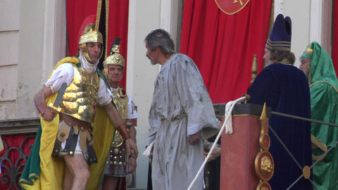 pilate tribunal barabbas 03 Stock Video Footage