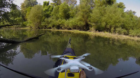 Drone take off from kayak ビデオ