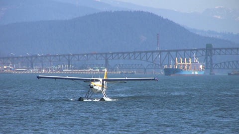 Float Plane Approaching Pier Close Up Footage