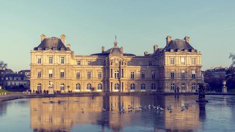 Paris, France - Hyperlapse - The Jardin du Luxembourg Live Action