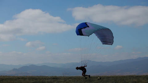 the wind blows paraglider Live Action