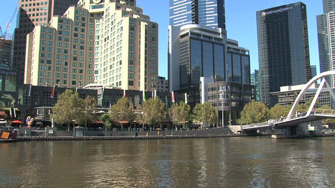 Tilt Eureka tower to yarra river Stock Video Footage
