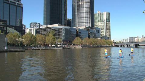 Stand up peddle at the yarra river Footage