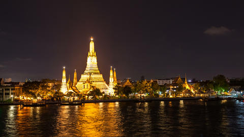 4K - TEMPLE OF DAWN AT NIGHT - Bangkok Timelapse Stock Video Footage