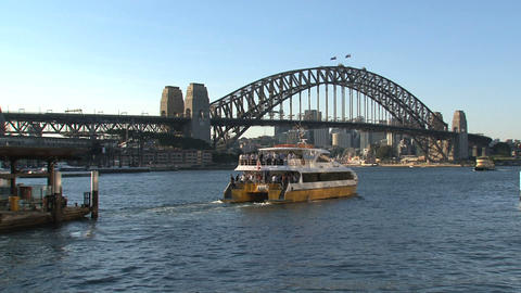 Ferry leaving Sydney harbor Stock Video Footage