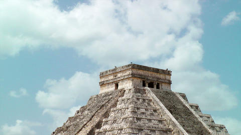 Kukulkan Pyramid at Chichen Itza Stock Video Footage