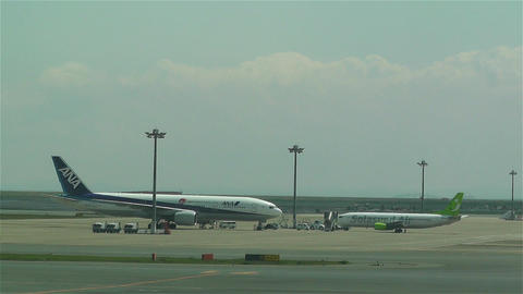 Tokyo Haneda Airport 14 ana flight Stock Video Footage