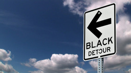 DBlack detour sign Stock Video Footage