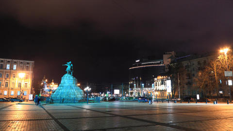 Monument to Bohdan Khmelnytsky in Kiev timelapse Stock Video Footage