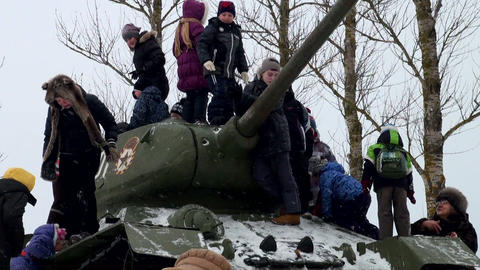 Children play on the tank Stock Video Footage