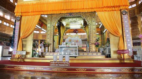 Buddhas inside Phaung Daw Oo pagoda Footage
