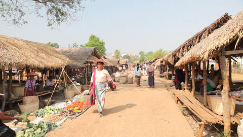 Shopping at the Taung Tho Market Stock Video Footage
