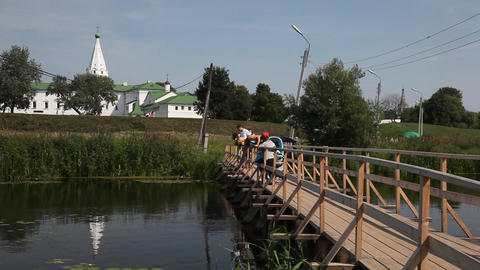 Bridge over Kamenka river in Suzdal Stock Video Footage