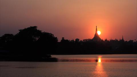 Shwedagon Pagoda sunset timelapse Footage