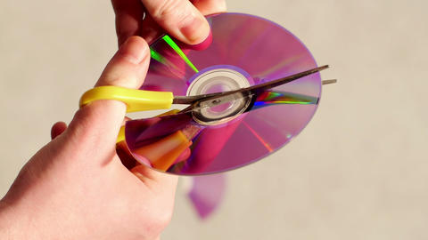Cut CD or DVD Footage