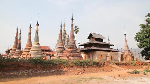 Takhaung Mwetaw Paya pagoda, Inle lake Stock Video Footage
